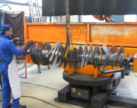 2-Stationen Roboter mit Dreh-Bewegung